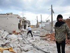 Rusya'dan Suriye'de Kısmi Ateşkese Saatler Kala Saldırı