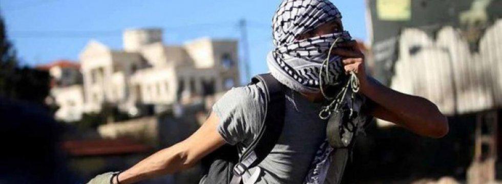 İşgalci İsrail Mülteci Kampına Saldırdı