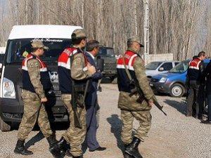 Iğdır'da Belediye Başkan Vekili, Yardımcısı ve Meclis Üyeleri Gözaltında
