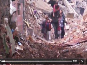 PKK'nın Esir Aldığı 33 Sivil Sur'un Dışına Çıkarıldı