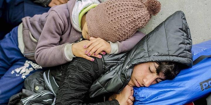 AB'den Yunanistan'daki Mültecilere 115 Milyon Avroluk Destek