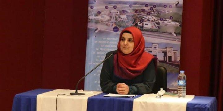 """Sinop Üniversitesi'nde """"Modern Dünyada Kadın Olmak"""" Konferansı"""