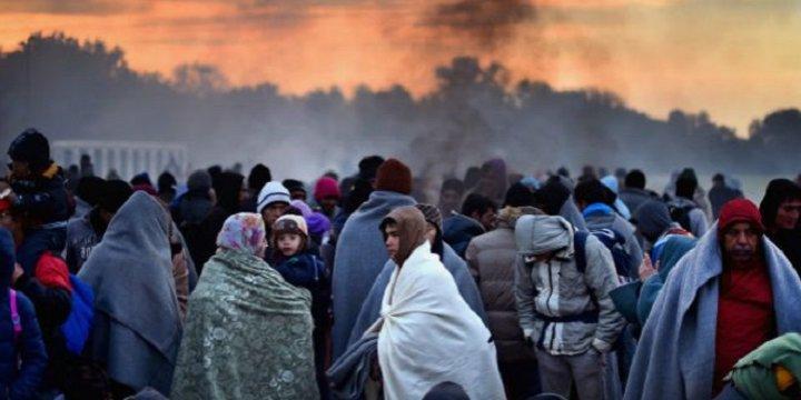 Makedonya da Kapılarını Mültecilere Kapadı