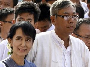 Myanmar'da Suu Kyi'nin Adayı Devlet Başkanı Seçildi