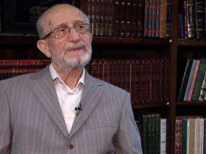 Bekir Topaloğlu Yahut Türkiye'de İslami Tedrisatın Tarihi