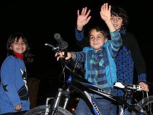 İzmir'de Darbedilen Çocuğa Erdoğan'dan Hediye