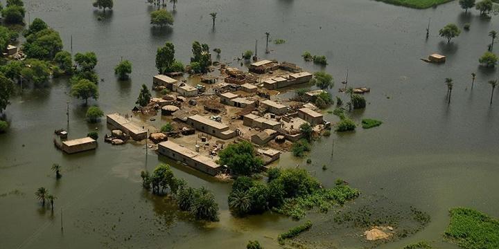 Pakistan'da Şiddetli Yağışlar: 42 Kişi Hayatını Kaybetti