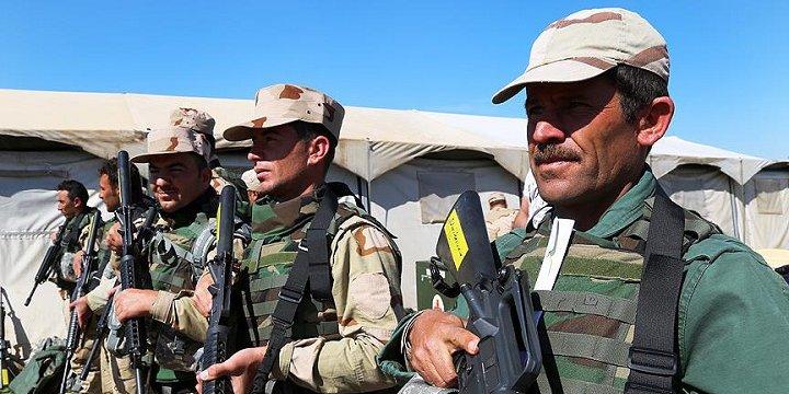 """Irak """"Güvenlik"""" Güçleri 3 Yerleşim Birimini IŞİD'den Geri Aldı"""