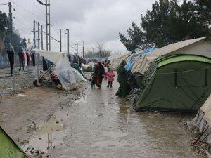 Yunanistan-Makedonya Sınırındaki Kampta İnsanlık Dışı Olay