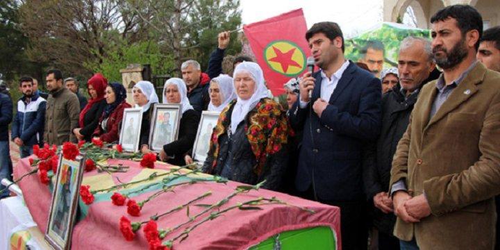HDP'li Vekiller Öldürülen PKK'lının Cenazesinde