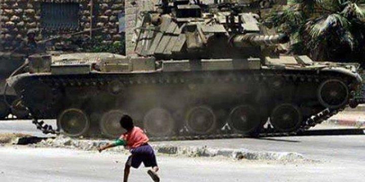 Filistinli 7 Çocuğa 'Taş Atmaktan' 1 İla 3'er Yıl Hapis