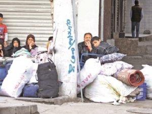'Hakkari ve Van'a Göç Eden Aile Sayısı 7 Bin 151'e Ulaştı'