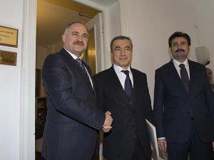 AK Parti'den Muhalefete 'Dokunulmazlık' Ziyareti