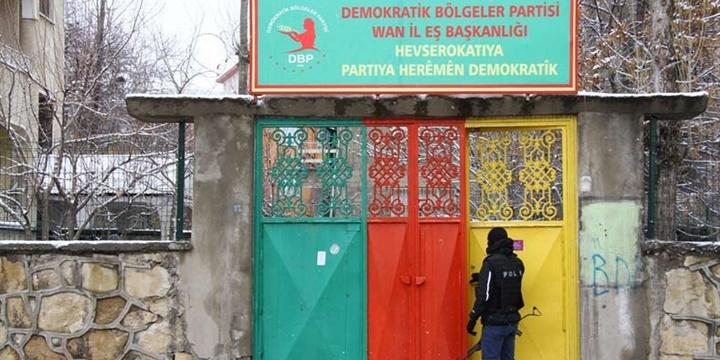 Van'daki PKK Operasyonu: DBP Eş Başkanları Tutuklandı