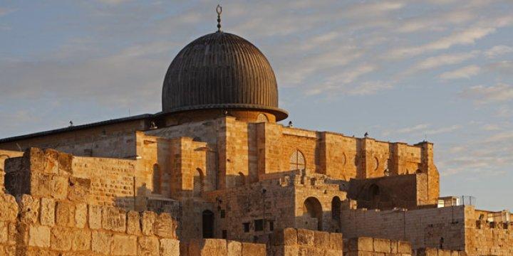 Hamas, Mescid-i Aksa'da Nöbet Tutma Çağrısında Bulundu