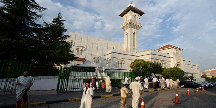 İspanya'da Camiye Saldırı Girişimi