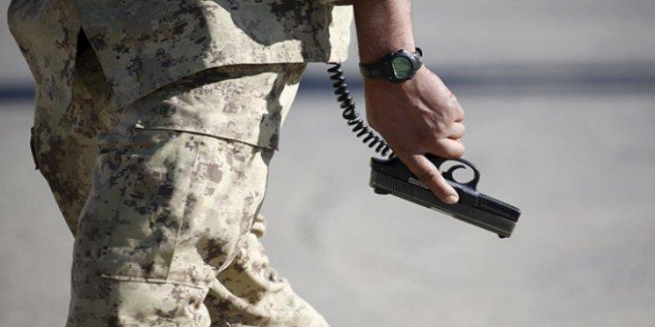 Afganistan'da 3 Polis 7 Polisi Öldürüp Taliban'a Katıldı