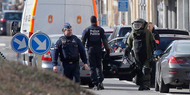 Belçika Polisi Kızının Yanında Bir Adamı Vurdu