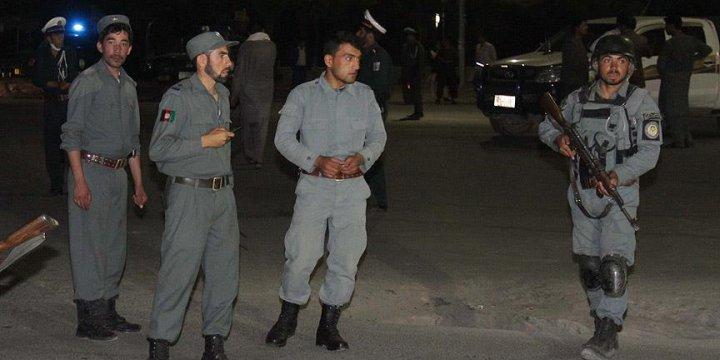 Afganistan'da Camiye Silahlı Saldırı: 4 Ölü