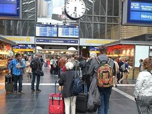 Almanya'da Trenlerde Kadınlar İçin Özel Bölüm