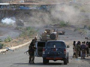 Yemen'de Ordu ve Hadi Yanlıları Barakiş'te Denetimi Sağladı