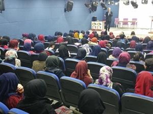 "Muş İlci İnşaat Kız Anadolu İHL'de ""Namaz Bilinci"" Konferansı"