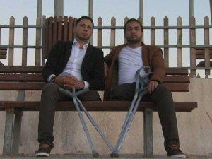 İki Arkadaş, Bir Çift Ayakkabı
