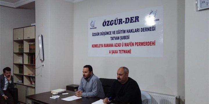 """Tatvan Özgür-Der'de """"Kur'an'da Şefaat"""" Semineri Gerçekleştirildi"""