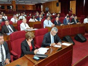 Kuzey Kıbrıs'ta Yönetim Krizi: UBP Hükümetten Çekildi!
