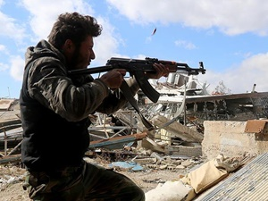 Direnişçiler Suriye'de İki Köyü IŞİD'den Geri Aldı