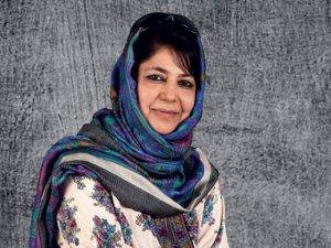 Mehbuba Mufti Keşmir'in İlk Kadın Başbakanı Oldu