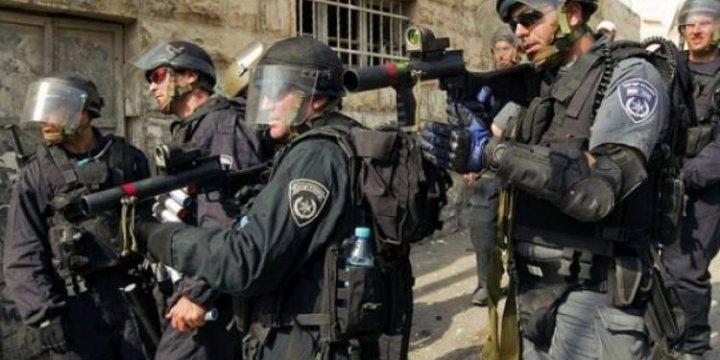 İşgalci İsrail İki Hamas Liderini Gözaltına Aldı