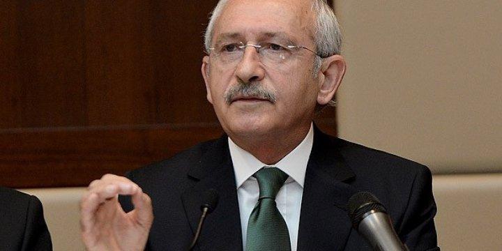 """""""Esed Rejiminin Önüne Yatmak"""""""