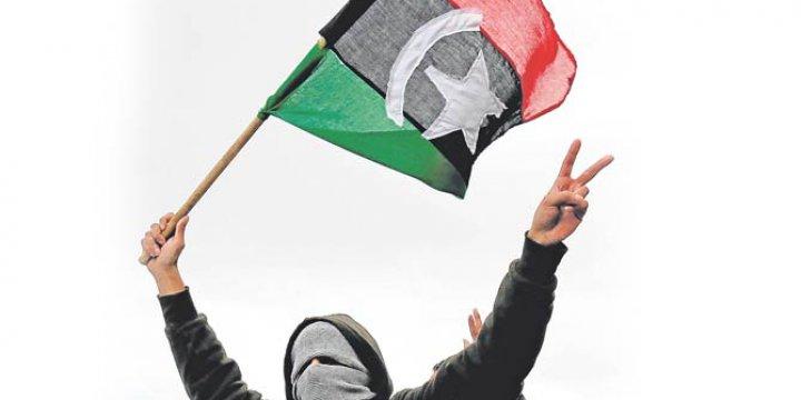 """Libya'da """"Ulusal Kurtuluş Hükûmeti"""" Yönetimi Bıraktı"""