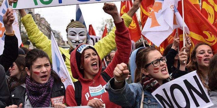 Fransa'da Çalışma Yasası Tasarısı Ülke Genelinde Protesto Edildi