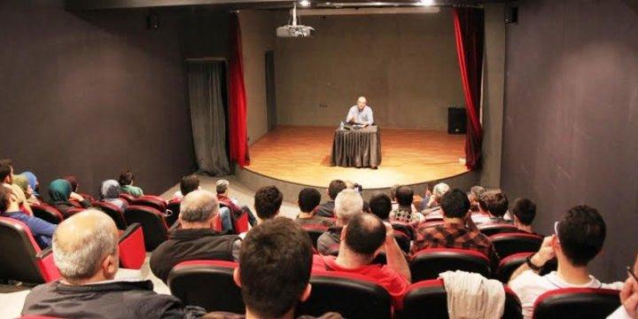 Sakarya'da İslamcılık Seminerleri Devam Ediyor