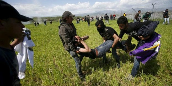 Yunanistan: Makedonya'nın Müdahalesi Alçakça