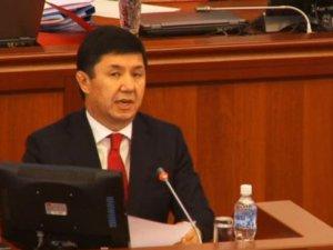 Kırgızistan Başbakanı İstifa Etti