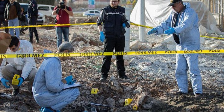 Kilis'e 3 Roket Mermisi Düştü: 1'i Ağır 12 Yaralı (GÜNCELLENDİ)