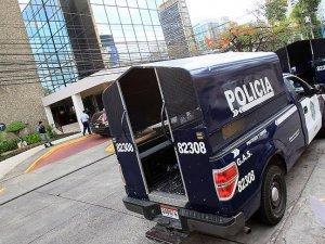 Panama'daki Mossack Fonseca'ya Polis Baskını
