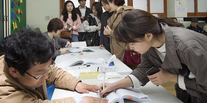 Güney Kore Seçimlerini Muhalefet Kazandı
