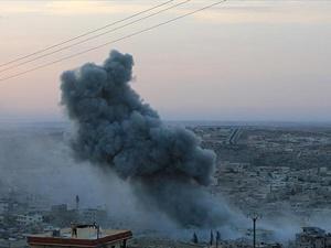 Rus Jetleri Halep'i Vurdu: 10 Sivil Hayatını Kaybetti