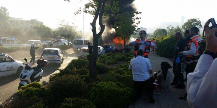 Kudüs'te Otobüste Patlama: 16 Yaralı