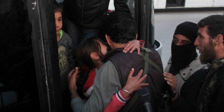 Suriye'de Kuşatılmış Bölgelerde Yaralı Takası