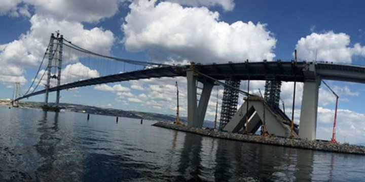 Körfez'in İki Yakası 'Osman Gazi' Köprüsüyle Birleşti