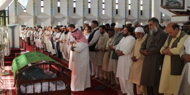 Pakistanlı Alim Zafer İshak Ensari Vefat Etti