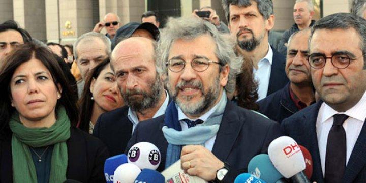 Can Dündar'a 28 Bin 650 Lira Para Cezası