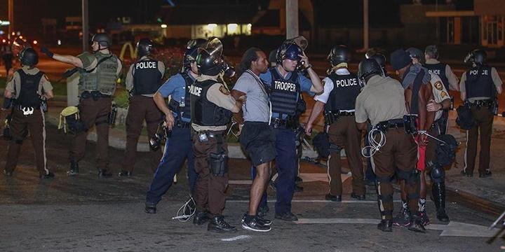 ABD'de Polisin Siyahilere Yönelik Ayrımcılığı Sürüyor