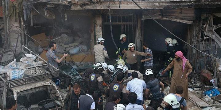 """""""Esed ve PYD 500 Bin Kişiyi Halep'e Hapsetmeye Çalışıyor"""""""