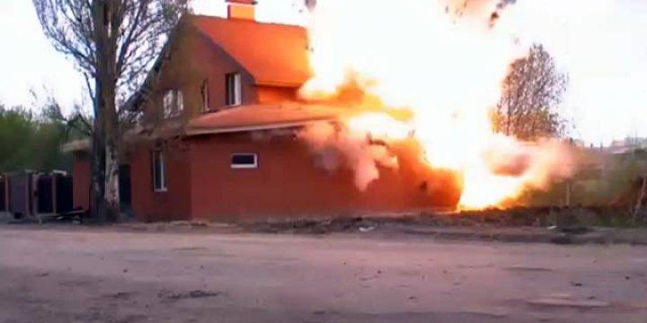 Rus İstihbaratı Mescidi Havaya Uçurdu